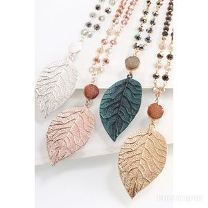 Jewelry - Dainty Necklace Leaf Pendant charm Long chain